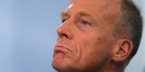 Airbus: aucune raison de songer a remplacer enders, dit berlin