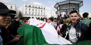 Algerie: bouteflika renonce a un cinquieme mandat presidentiel