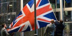 Brexit: l& 39 ue et le royaume-uni intensifient leurs negociations