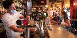 Coronavirus: bars, boites de nuit, salles des fetes et de sport a nouveau fermes en israel