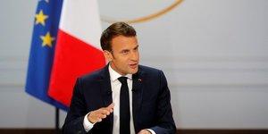 """En direct: macron presente ses mesures de sortie de crise des """"gilets jaunes"""""""