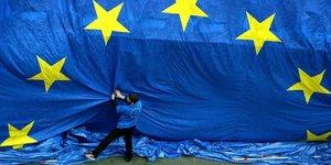 Europe, zone euro, Commission europEenne, Bruxelles, drapeau, Etoiles, flag,