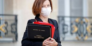"""Florence parly en visite en irak dans le cadre de """"la lutte contre le terrorisme"""""""