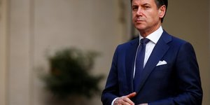 Giuseppe conte soutient le projet tgv lyon-turin, contre le m5s