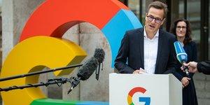 Google, Philipp Justus