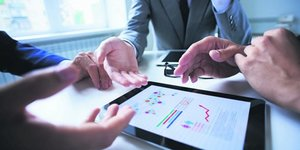 investissement, comptabilitE, private equity, finances personnelles, numErique, data, donnEes, calcul, graphique, ipad, cadre, direction financiEre, contrOle de gestion, stratEgie d'entreprise, capital, business plan,