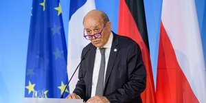La france rappelle ses ambassadeurs aux etats-unis et en australie