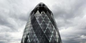 La tour du 30 Saint Mary Axe à la city de Londres