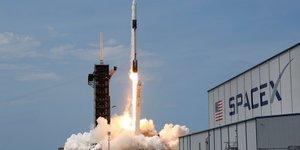 Le pentagone choisit spacex pour des satellites de detection de missiles