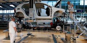Le secteur manufacturier de la zone euro renoue avec la croissance