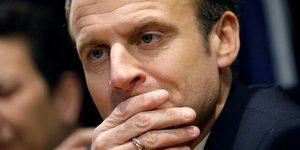 """Macron appelle a la """"desescalade"""" au moyen-orient"""