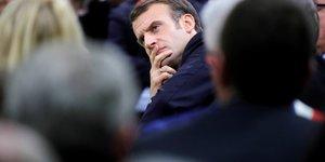 Macron promet de debattre dans toutes les regions metropolitaines