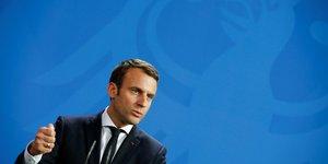 Macron va s'entretenir avec may apres l'attentat de manchester