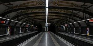 Metros et trafic routier perturbes par la greve en catalogne