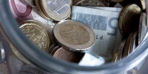 monnaie, euros, tirelire, billets, piEces