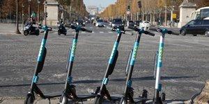 Paris serre la vis contre les trottinettes