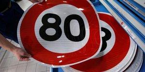Philippe accepte d'etre impopulaire a cause des 80 km/h
