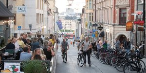 Suède, Stockholm, terrasse, restaurant, vélo, rue