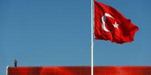 Une centaine de colonels promus en turquie