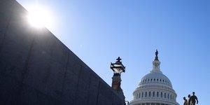 Usa: plus de 300 inculpations apres l'assaut du capitole
