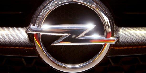 Changement de patron chez Opel à l'approche du rachat par PSA